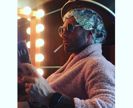 Adam Levine at the hairdressers before the Grammys