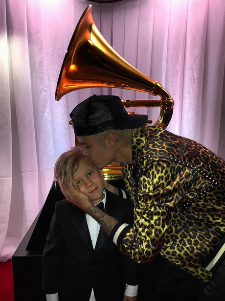 Justin Bieber is joined by Jaxon Bieber at Grammys