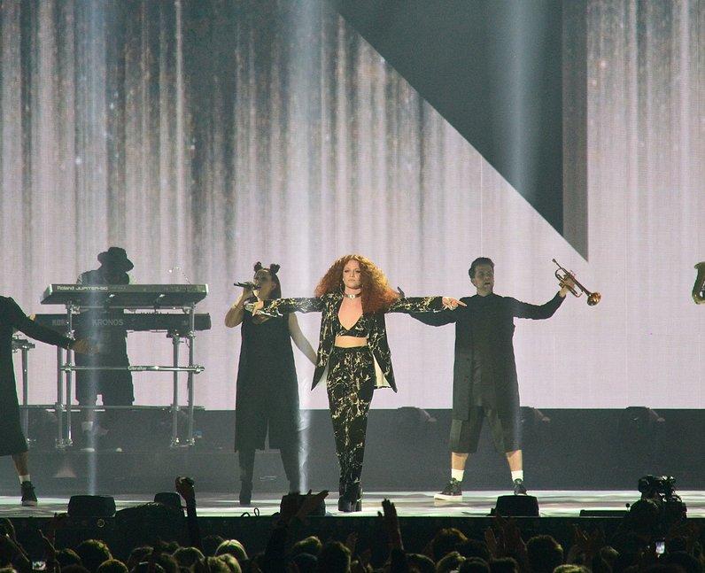 Jess Glynne Live Performance The Brit Awards 2016