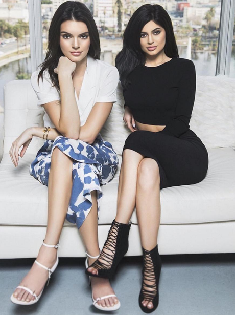 """Mini bosses"" - Kylie and Kendall Jenner wear head"