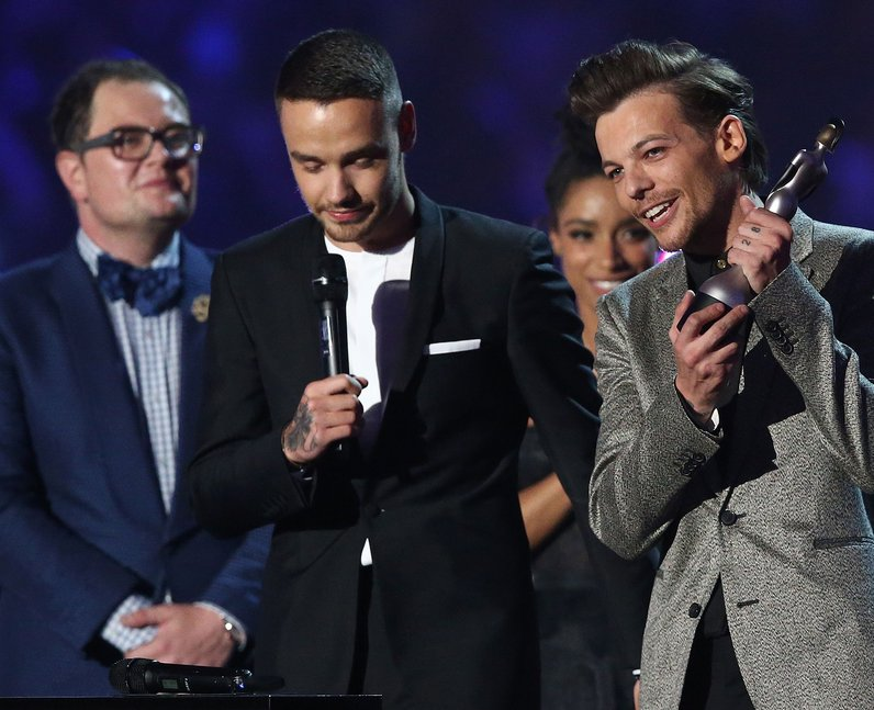 One Direction Song of the Year The Brits 2016