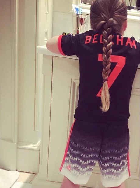 David Beckham's daughter, Harper in Man United kit