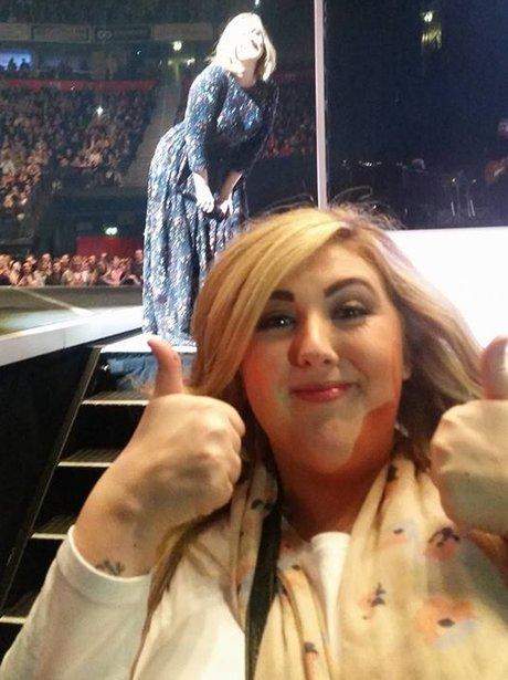 Adele photobomb with Kerry Scott