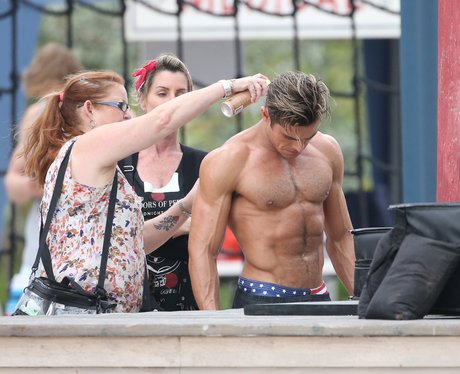 Zac Efron on set of Baywatch topless