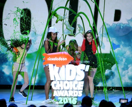 Fifth Harmony get slimed at Kids Choice Awards 201