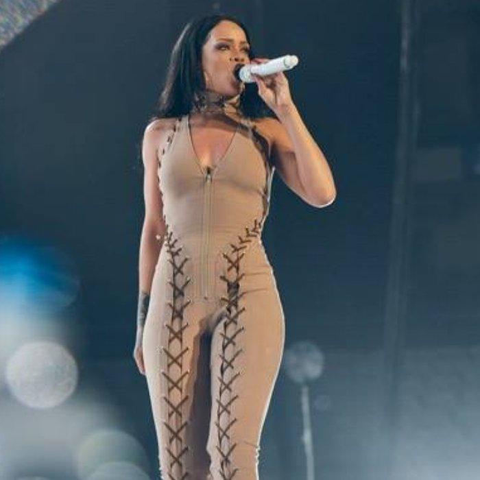 Rihanna world tour