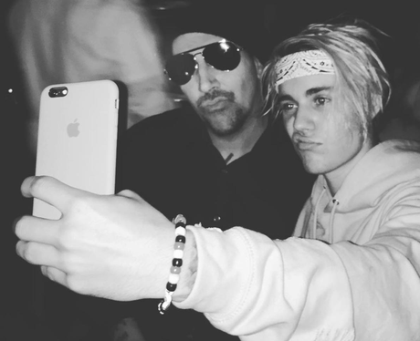 Justin Bieber and Marilyn Manson selfie