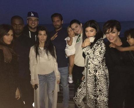 Kardashians celebrate Rob's birthday