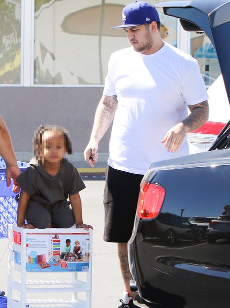 Rob Kardashian takes Blac Chyna's son out