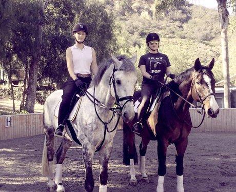 Iggy Azalea and Kesha go for a horseride