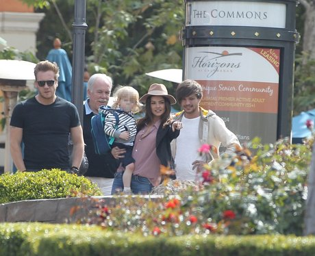Louis Tomlinson with step-dad, Grandad, sister and