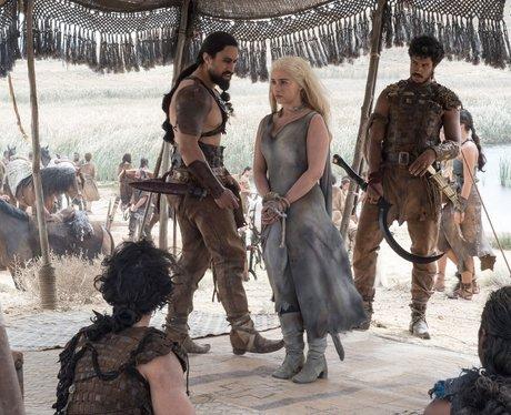 daenerys emilia clarke dragons