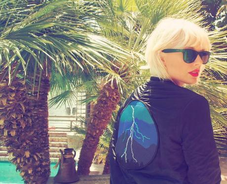 POTW 18th April Taylor Swift shows off bleach blonde
