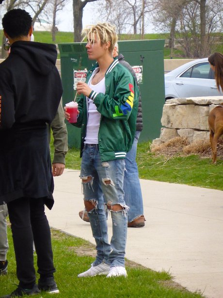 Justin Bieber enjoys some downtime in a local park
