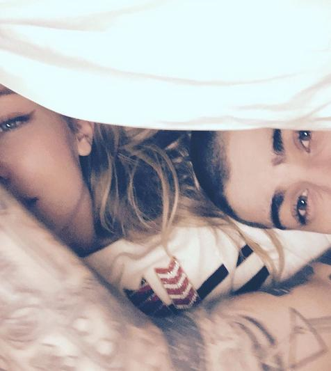 Gigi Hadid and Zayn Malik instagram pic