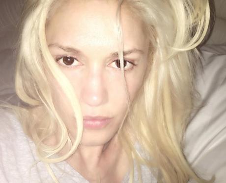 Gwen Stefani posts no make up selfie