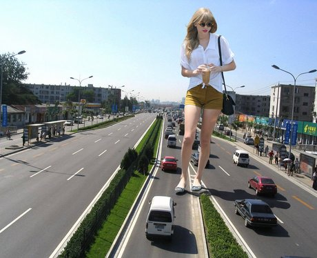 Giant Taylor Swift 1