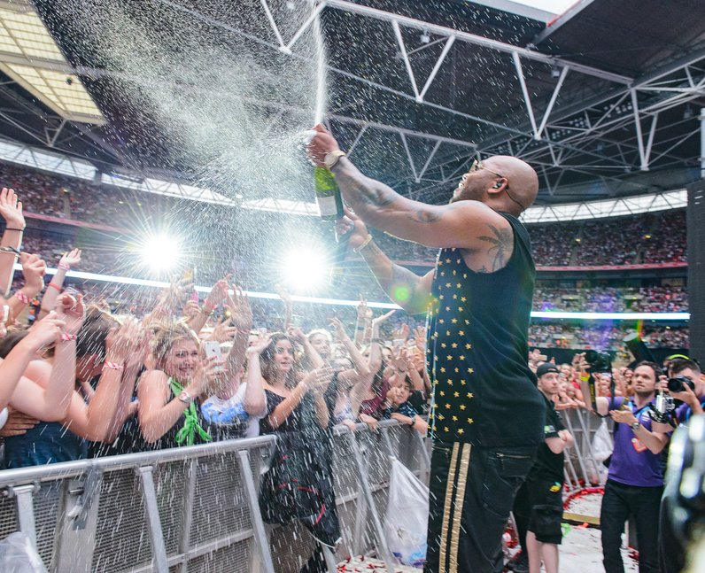 Flo Rida at the Summertime Ball 2016