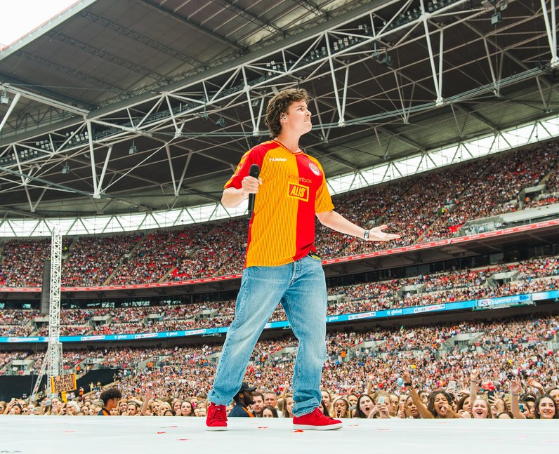 Lukas Graham at the Summertime Ball 2016