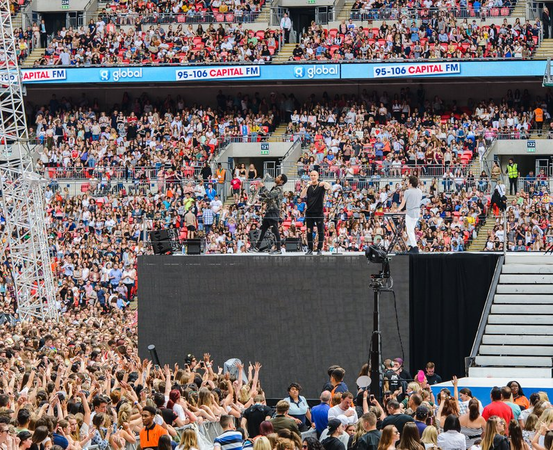 Mike Posner at the Summertime Ball 2016