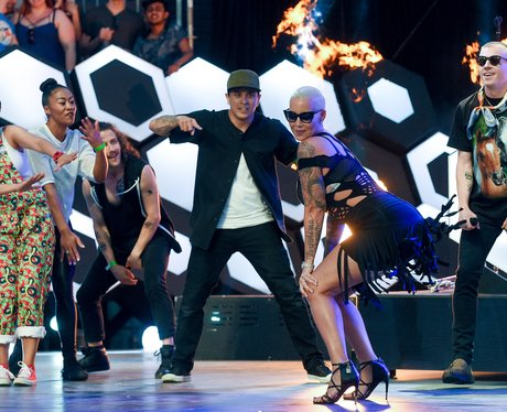 Amber Rose twerks at 2016 MuchMusic Video Awards -
