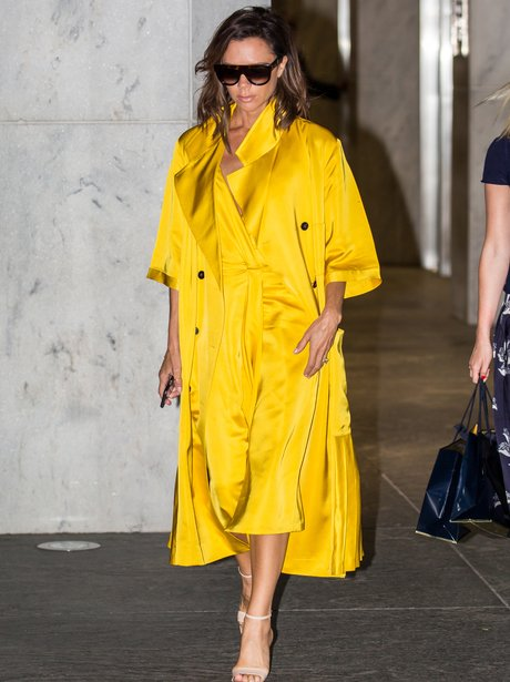Victoria Beckham stuns in yellow outfit