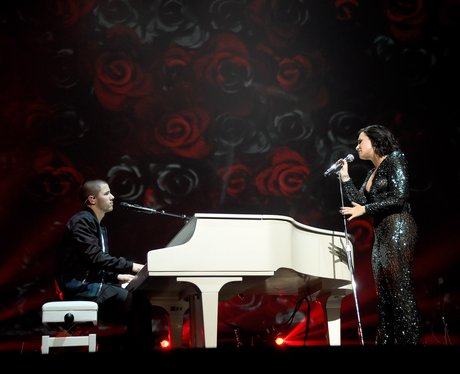 Demi Lovato and Nick Jonas kick of Future tour