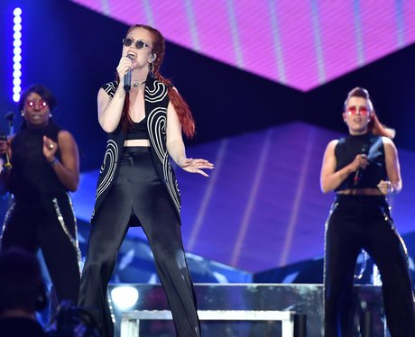 Jess Glynne performs at Isle Of MTV Malta 2016