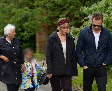 Taylor Swift and Tom Hiddleston in Suffolk