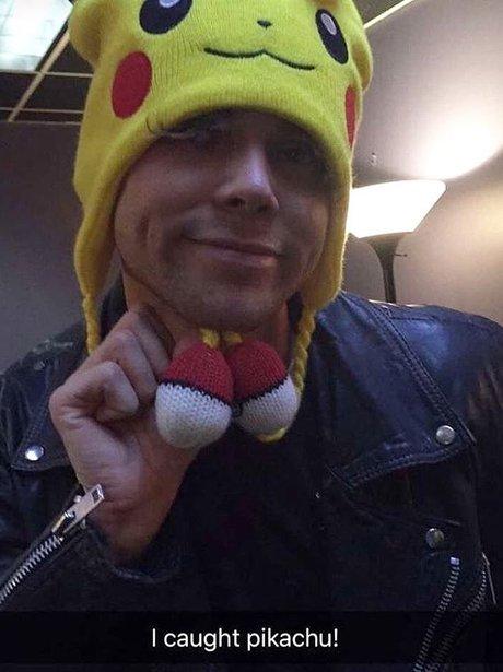 Ashton Irwin Pikachu hat