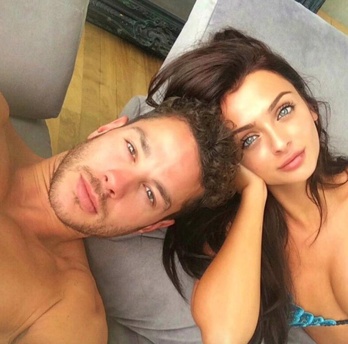 Kady McDermott and Scott Love Island 2016