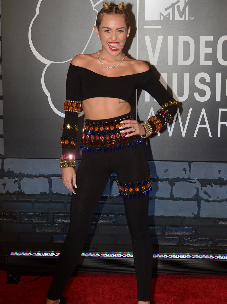 MTV VMA's crazy outfits Miley Cyrus