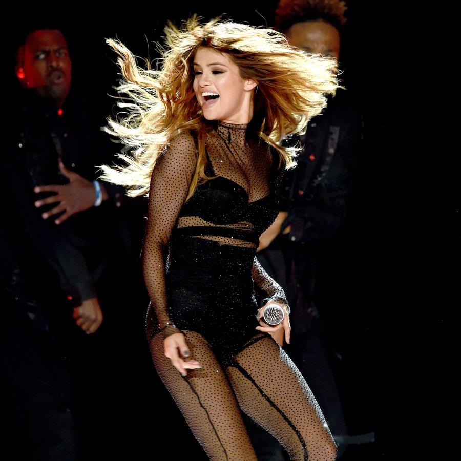 Download Lagu Justin Bieber Let Me Love You: LISTEN: Selena Gomez Recorded Her Own Version Of JUSTIN