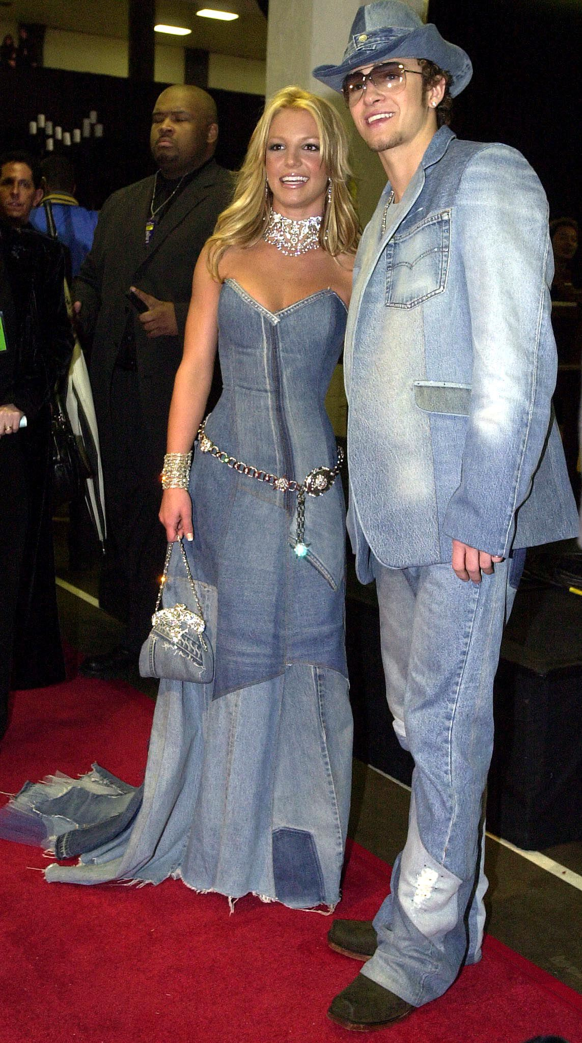 Pop star Britney Spears (l) and her boyfriend, Jus