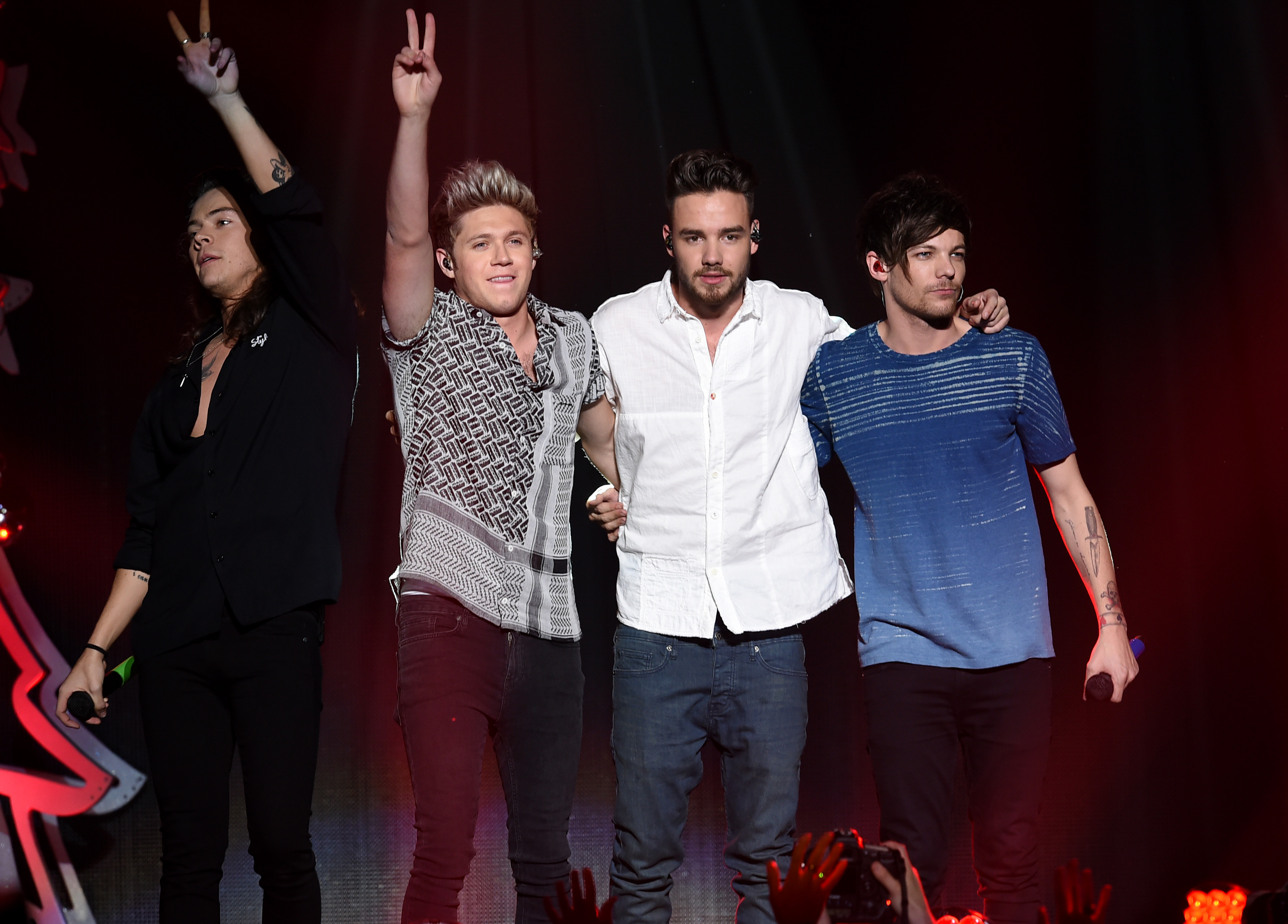 One Direction at 102.7 KIIS FM's Jingle Ball - Sho