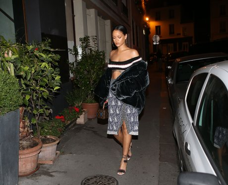 Rihanna heads out in Paris en route to photoshoot