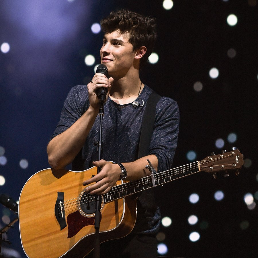 Win tickets to see shawn mendes and meet him backstage capital shawn mendes in concert in new york city m4hsunfo