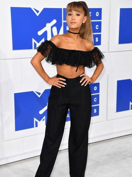 Ariana Grande MTV VMAs 2016