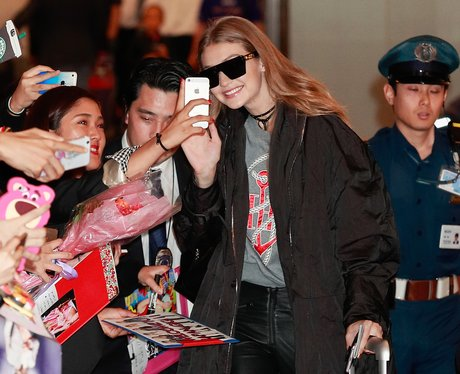 Gigi Hadid greets fans