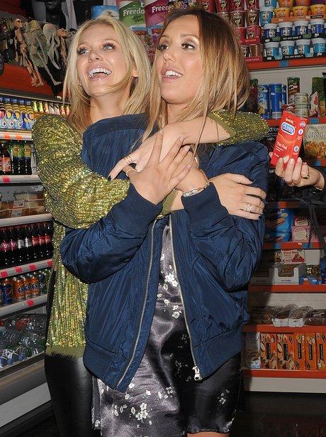 Charlotte Crosby and Stephanie Pratt enjoy a girls