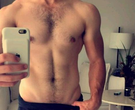 Nick Jonas flashes his abs on Snapchat