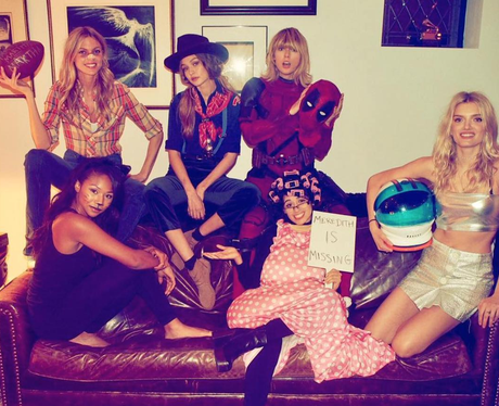Taylor Swift and her squad on Halloween