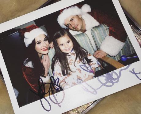 Katy Perry and Orlando Bloom visit ill kids in hos