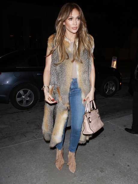 Jennifer Lopez heads out for dinner with 'beau' Dr