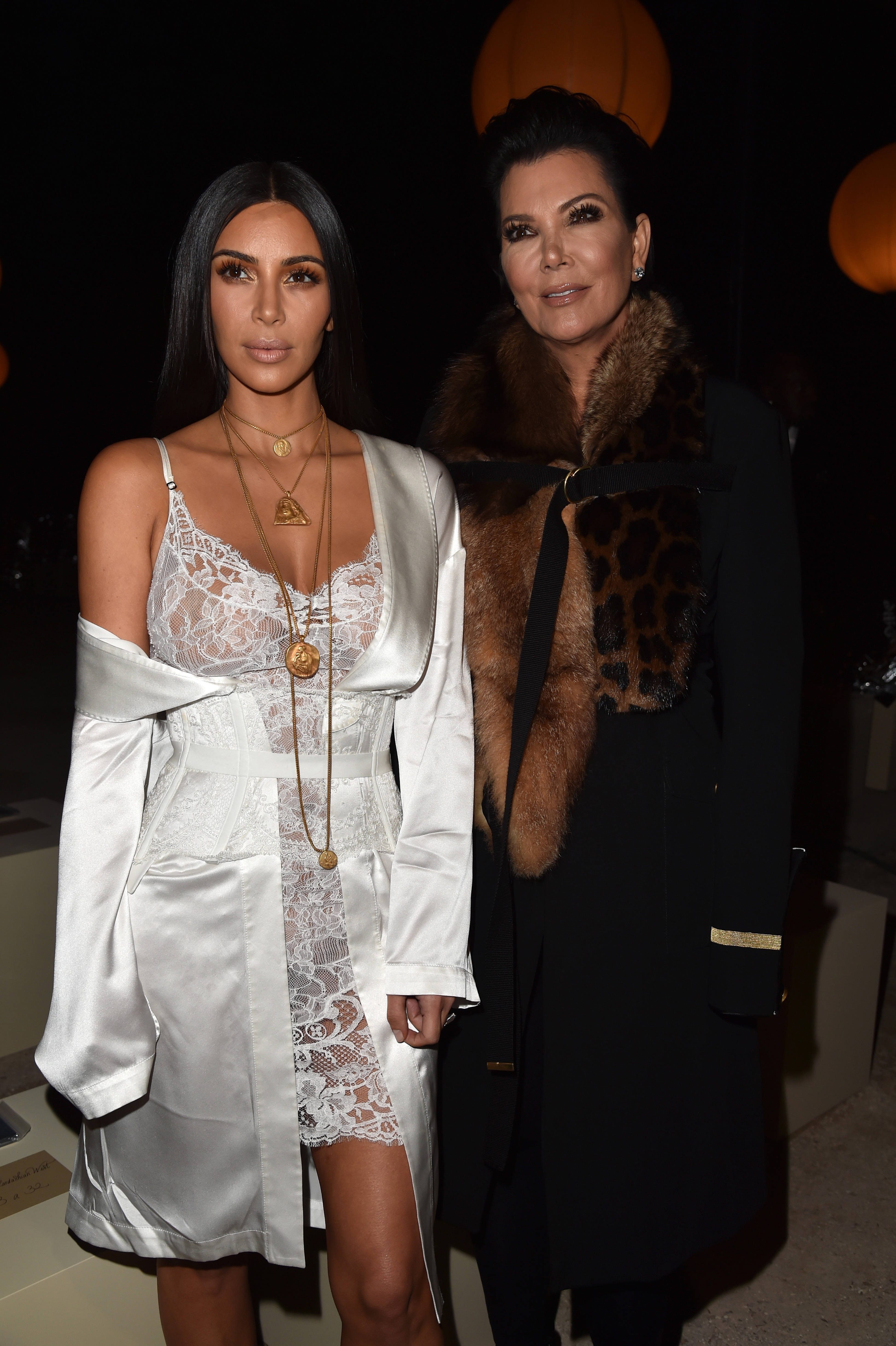 Kim Kardashian at Givenchy : Front Row - Paris Fas