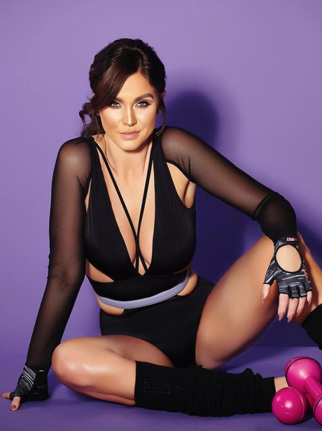 Vicky Pattison shows off enviable body on fitness