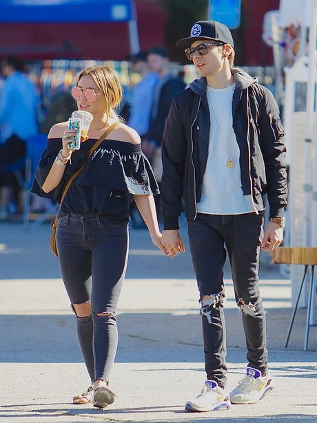 Hilary Duff goes public with her new boyfriend
