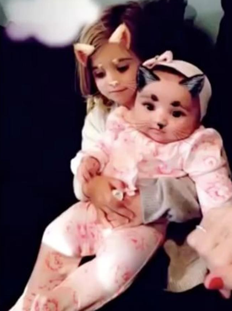 Dream Kardashian and Penelope Disick hang out