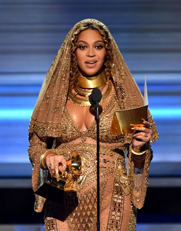 Beyoncé at the 2017 GRAMMYs