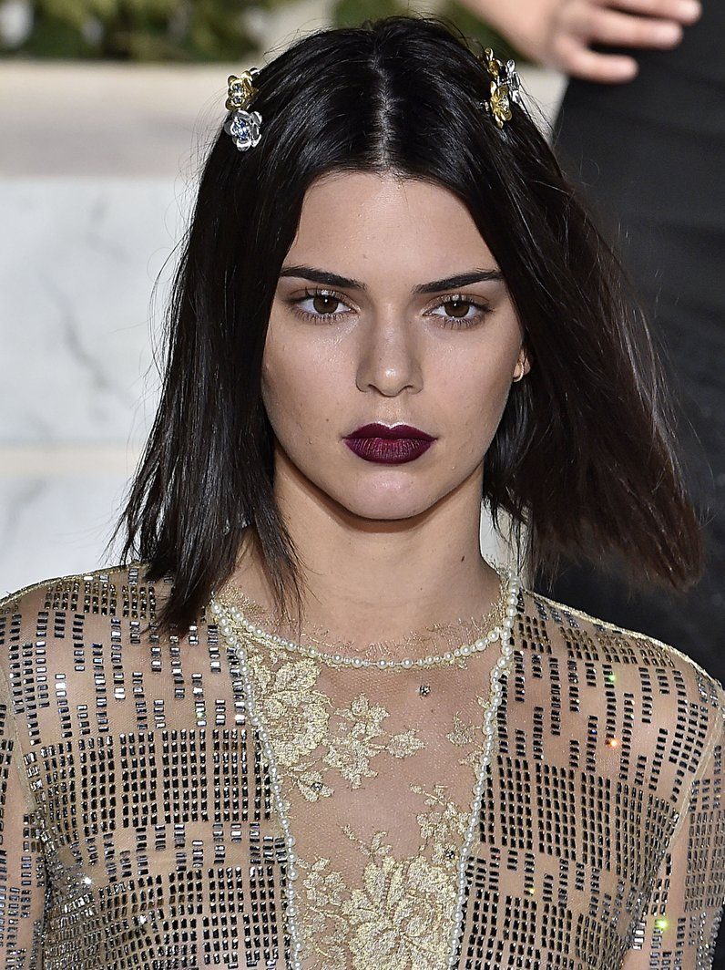 NYFW Make Up Kendall Jenner at La Perla